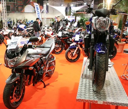 salon moto paris en 2011 motards idf. Black Bedroom Furniture Sets. Home Design Ideas