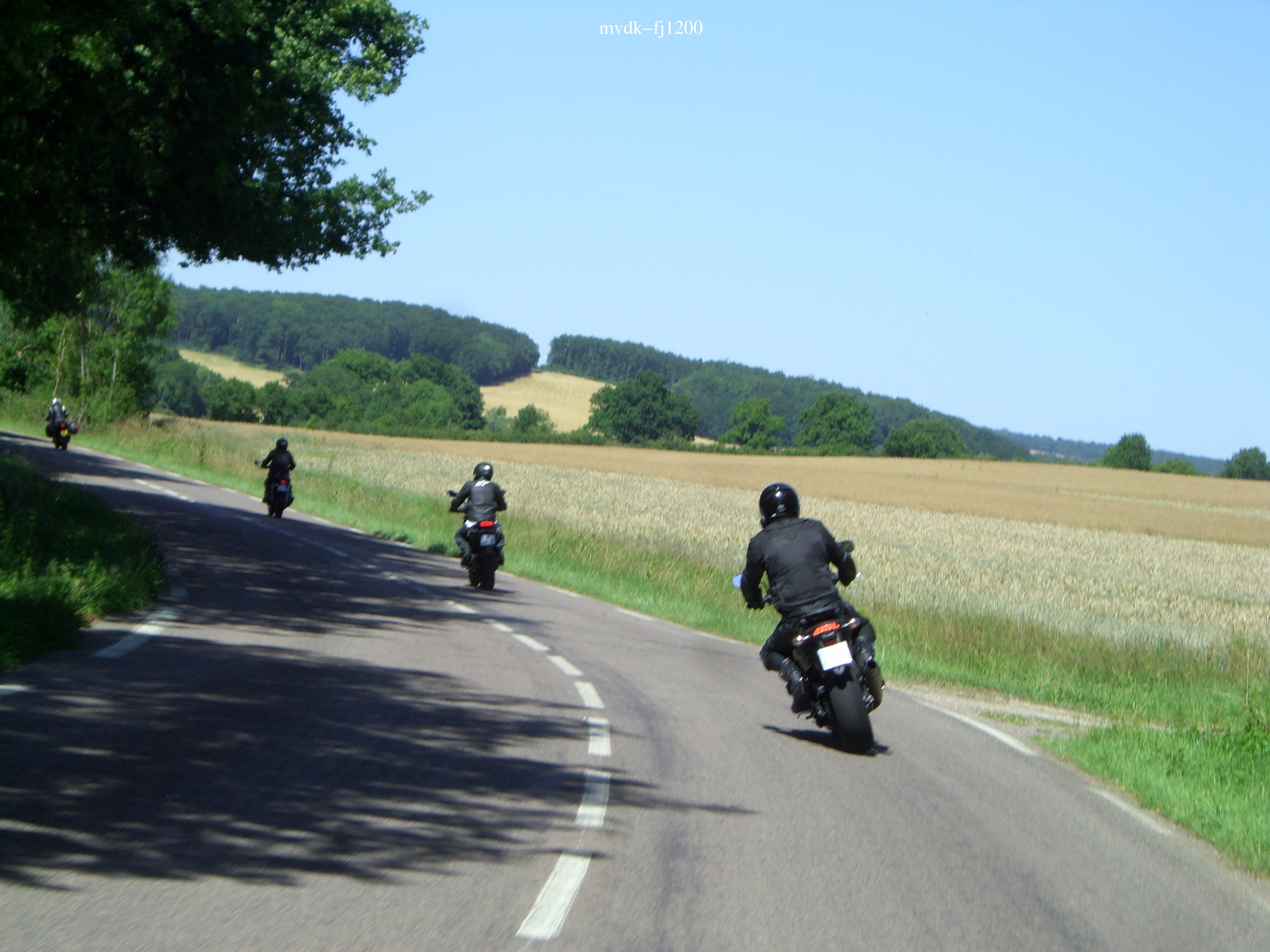 balade en vall e de chevreuse 08 07 motards idf. Black Bedroom Furniture Sets. Home Design Ideas